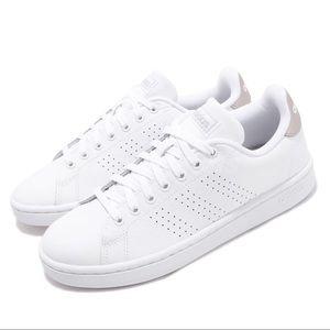 NEW Adidas Advantage Sneakers